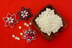 soli a vánoční ozdoby